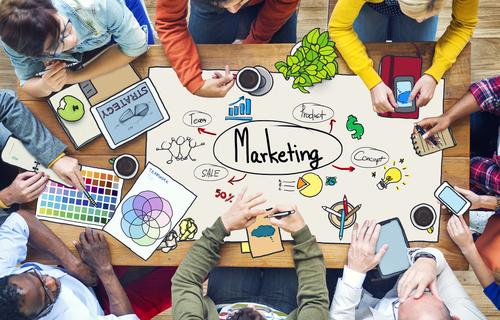 nganh-marketing-hoc-truong-nao-o-ha-noi-khong-tim-voi-duoc-dau-1