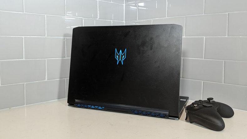 Acer Predator Triton 500